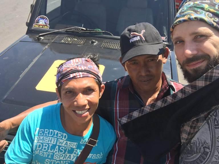 Indonesia, Java, Ijen, three man in a road, Индонезия, Ява, Иджен, Три парня на пути