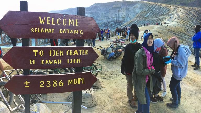 Indonesia, Java, Ijen, top of volcano, Индонезия, Ява, Иджен, вершина вулкана