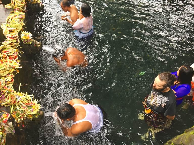 церемонии бали, источник, церемониальные фонтаны, мелукат, ритуал омовения